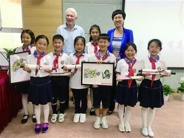 2016年底,青岛智荣中学附属幼儿园开始筹建,2018年招生在即.