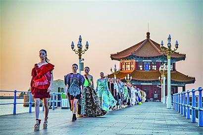 百年栈桥,变身秀场深圳csc景观设计图片