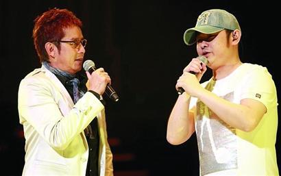 谭咏麟加唱了一首粤语歌《讲不出再见》