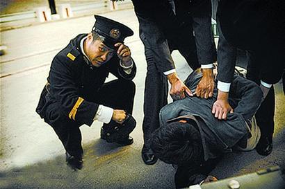 《黄金大劫案》宁浩扮警察