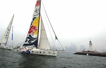"""郭川驾驶的""""青岛号""""帆船正检修保养船长一手打造价格"""
