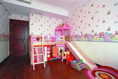 高低床儿童房电路安装