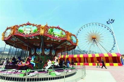 嘉年华游乐场内的游乐设施安全性是最