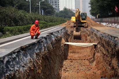 """地下施工""""隧道口""""已开挖"""